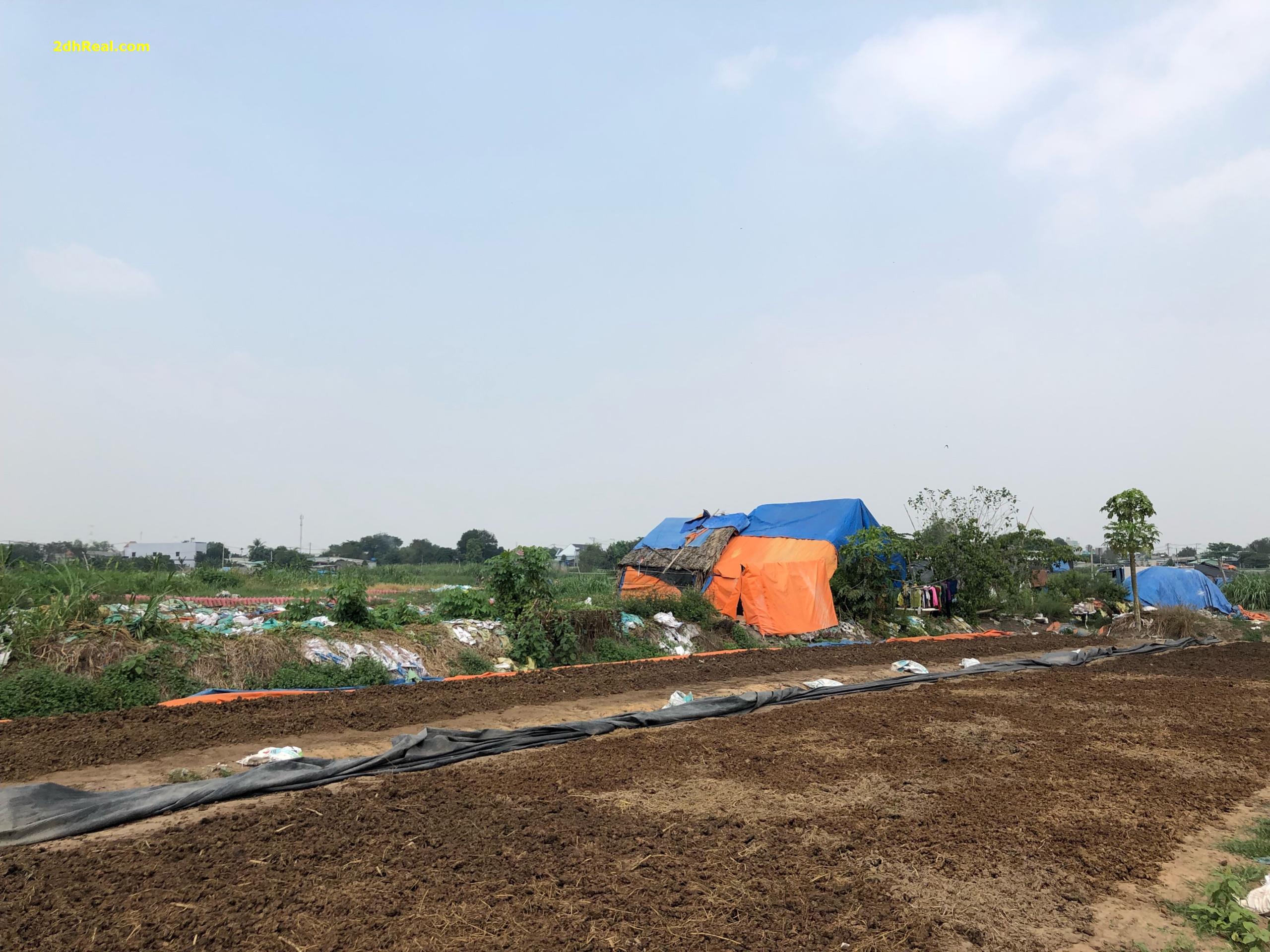 Chuyển nhượng 157.046m2 đất số 2 Trường Chinh quận Tân Phú giá 8tr/m2