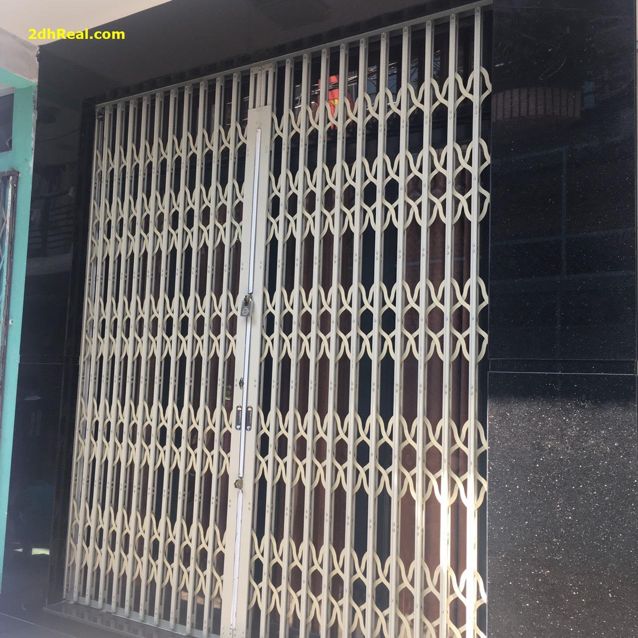 Bán nhà # 44m2 # Tân Bình # Phường 10 # Lạc Long Quân # 2,95 tỷ LH 0908781675.
