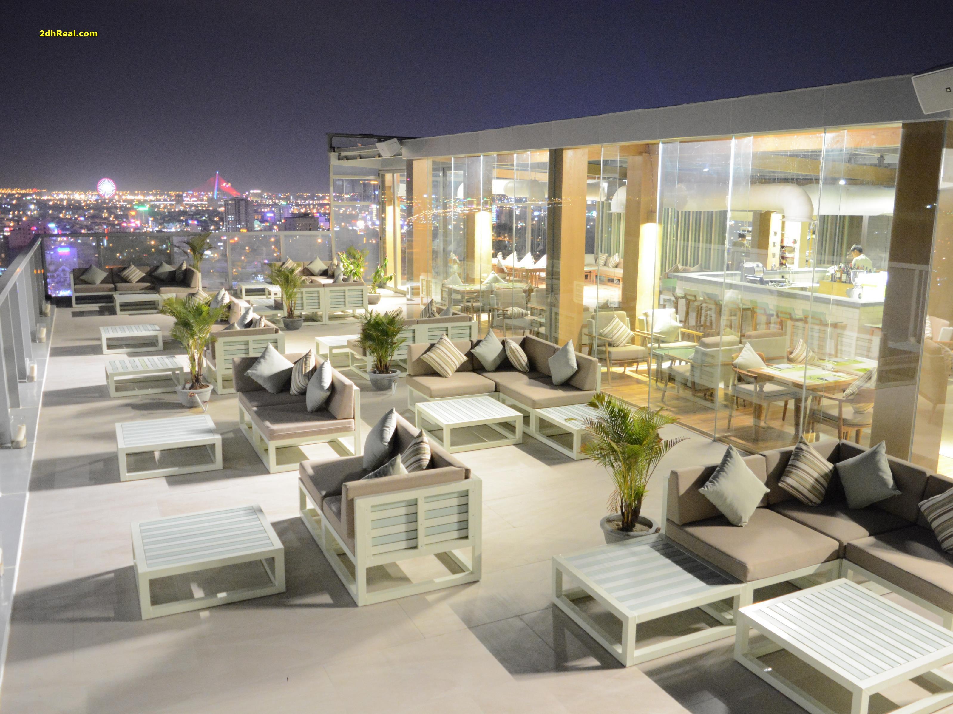 Bán khách sạn 4 sao tại Phường Bến Thành Quận 1, cách chợ Bến Thành 210m