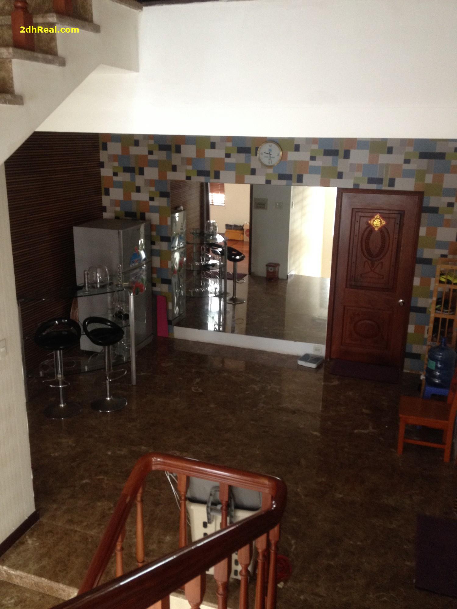 Bán Khách sạn 86 Nguyễn Trãi, Quận 1: 4m x 22m