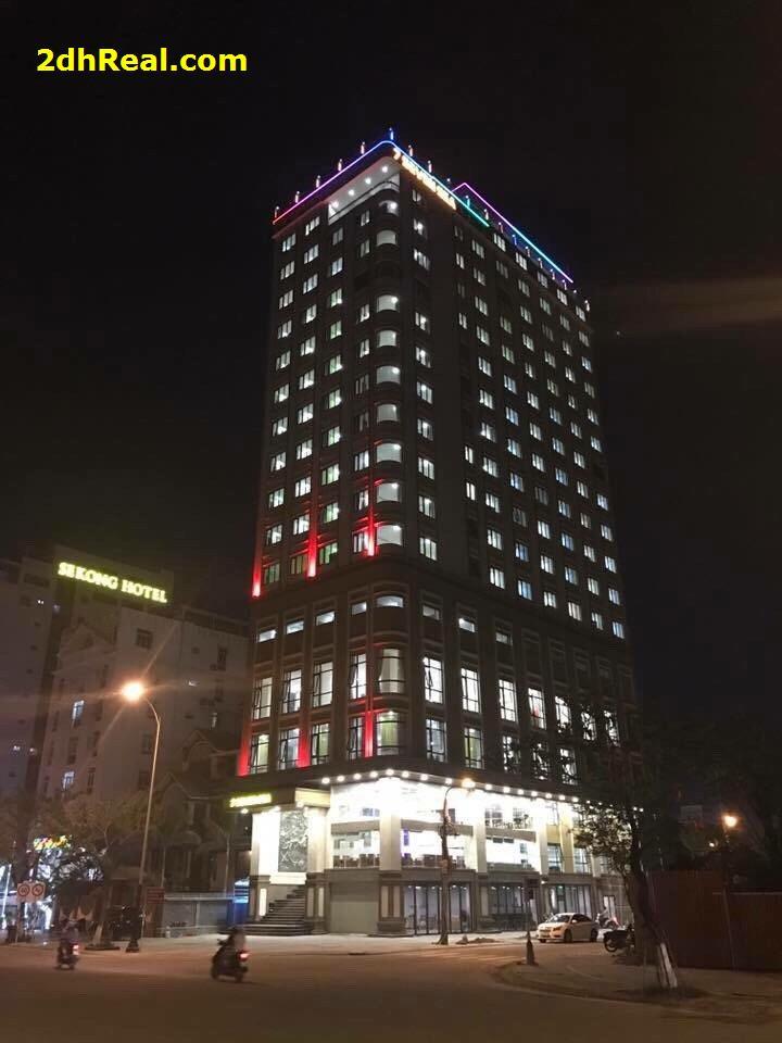 Bán khách sạn 4 sao 133 phòng số 150 Võ Nguyên Giáp, phường Phước Mỹ, quận Sơn Trà, Đà Nẵng