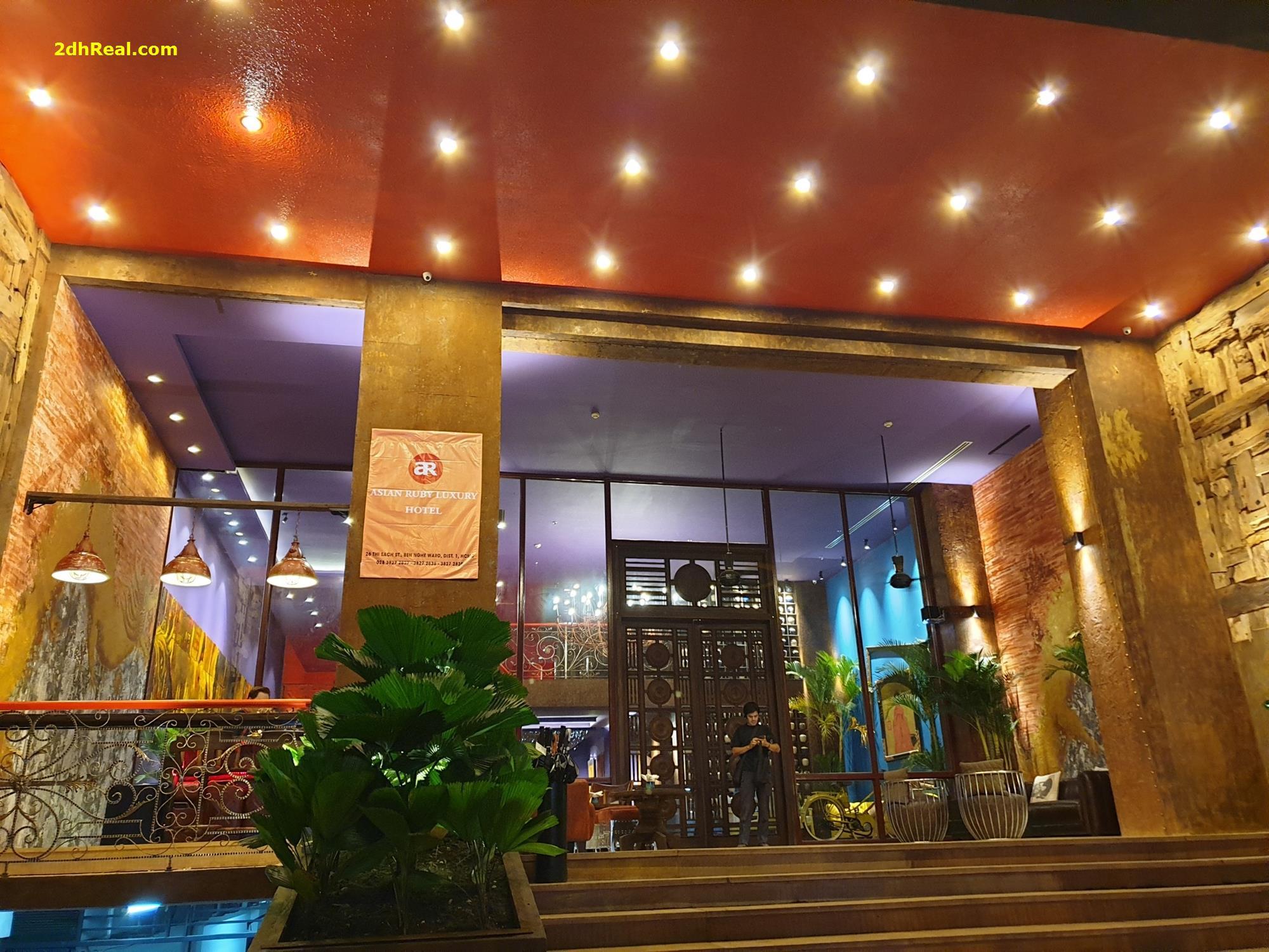 Bán Nhà Mặt Tiền Mạc Thị Bưởi, phường Bến Nghé, quận 1.
