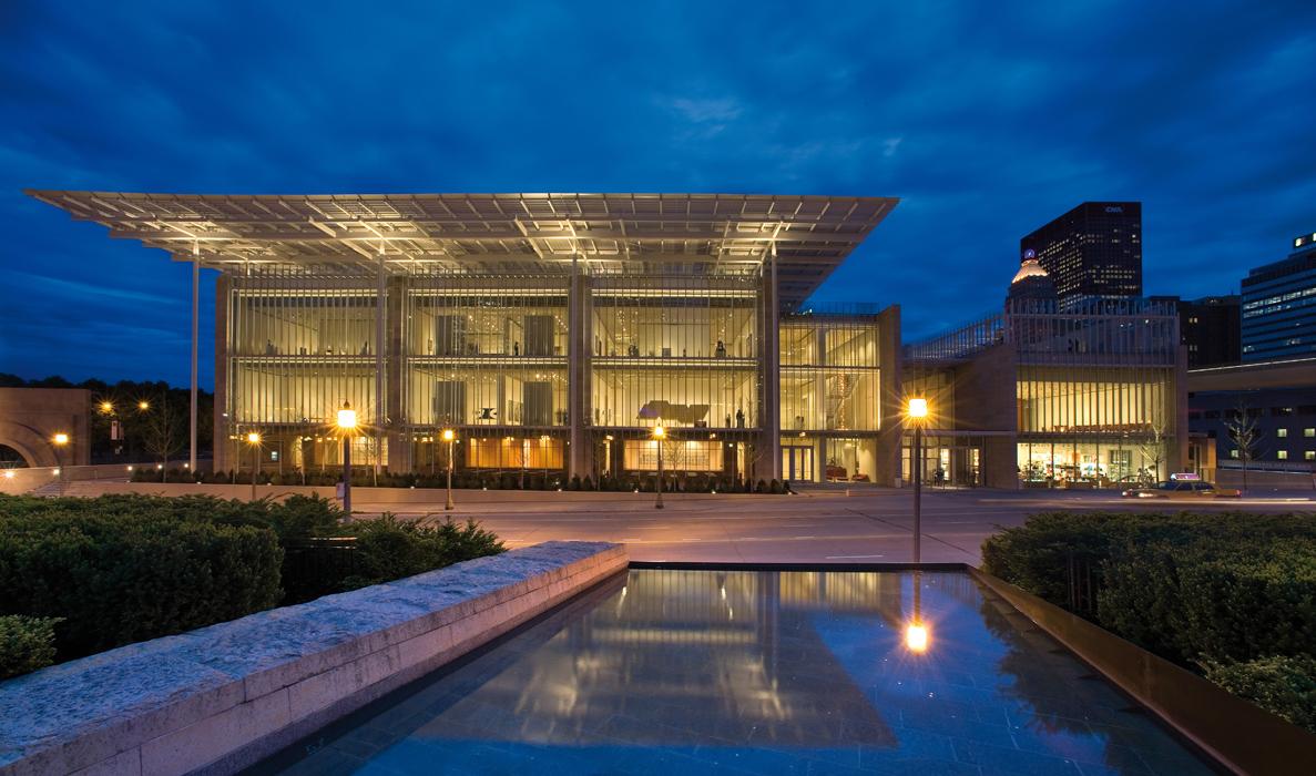 Công ty Cổ phần Khách sạn Sài Gòn thuê đất trả tiền một lần cho cả thời gian thuê đối với khu đất tại số 41-47 Đông Du, phường Bến Nghé, quận 1.