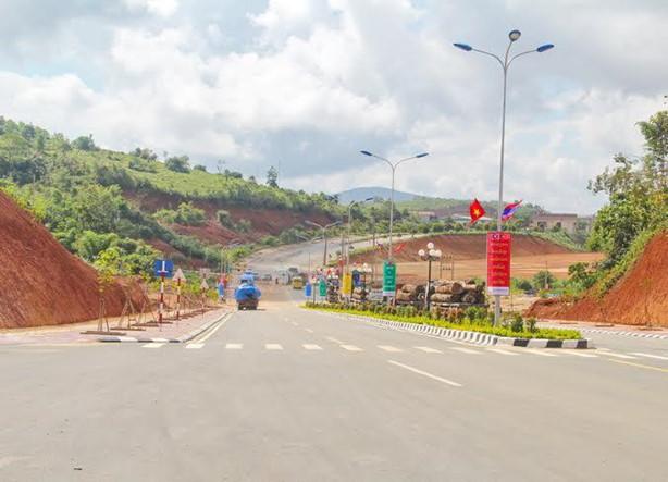 Đầu tư tuyến đường cao tốc Bờ Y - Ngọc Hồi - Pleiku