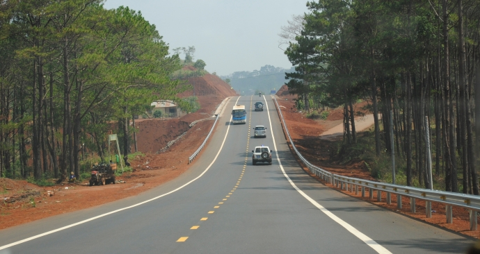 Điều chỉnh vốn một số dự án nâng cấp QL 1A và đường Hồ Chí Minh qua Tây Nguyên
