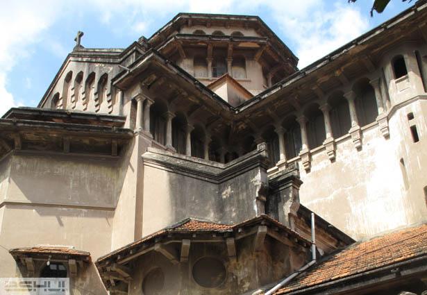 Kiến trúc nhà thờ Thiên chúa giáo thời Pháp thuộc trong không gian đô thị Hà Nội