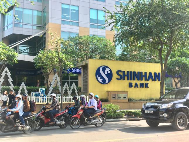 Shinhan mua lại công ty tài chính Prudential Việt Nam
